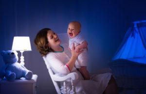 madre-con-bombo-lampada-led