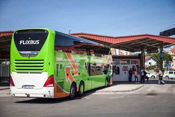 pullman per viaggi low cost flixbus