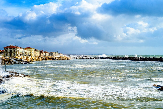 scorcio marina di pisa impianto energia onde mare