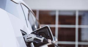 Mobilità elettrica, le soluzioni di ricarica offerte da Iren