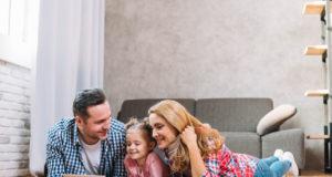 Coronavirus, le misure per le famiglie: bollette meno care e bonus sociali