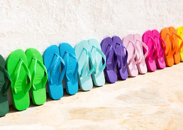 HAVAIANAS: un arcobaleno di colori con il modello Top