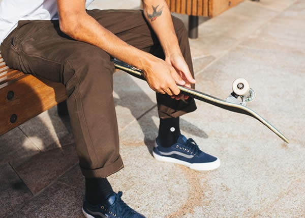 Vans presenta il nuovo Authentic Chino Glide Pro
