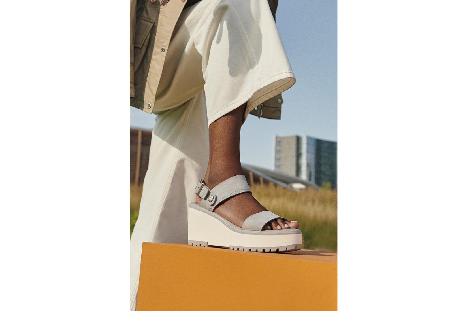 Timberland presenta la nuova linea di sandali per la collezione donna