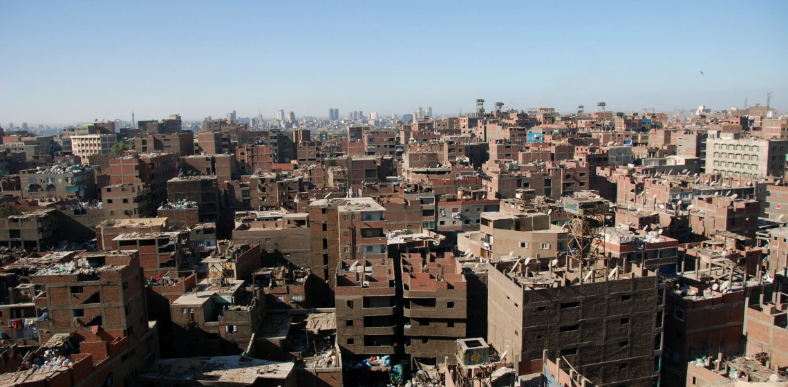Unfinished buildings in downtown Cairo, Egypt.© Kim Eun Yeul / World Bank
