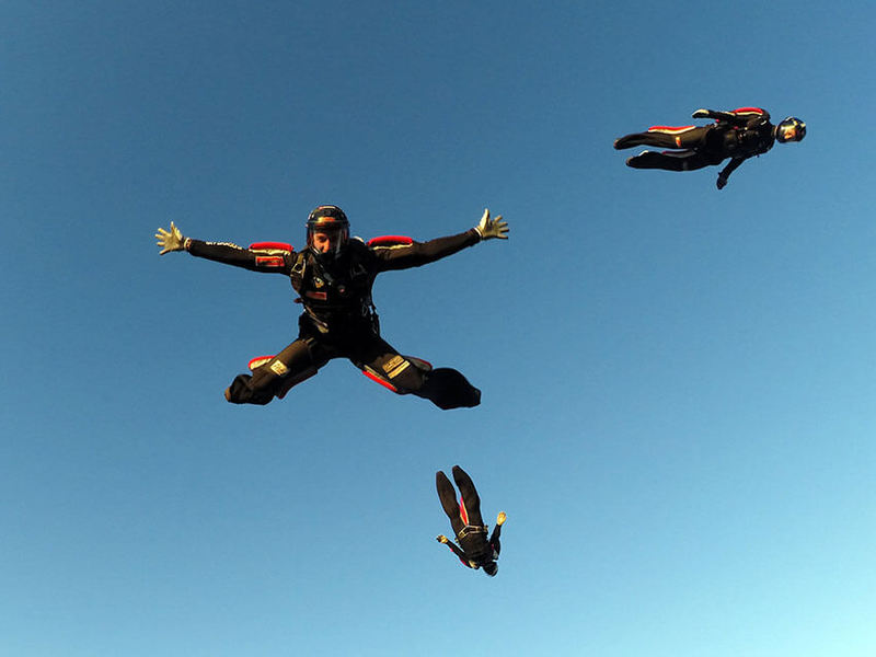 Veselje ob skoku s padalom z letala