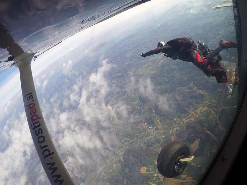 Skok s padalom in strah pred višino