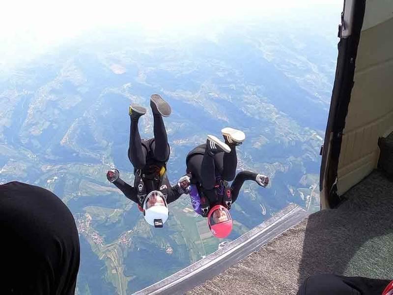 Odskok z letala - 2way skok s padalom