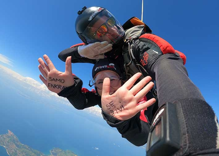 Na skok s padalom s Turističnimi boni (BON21)