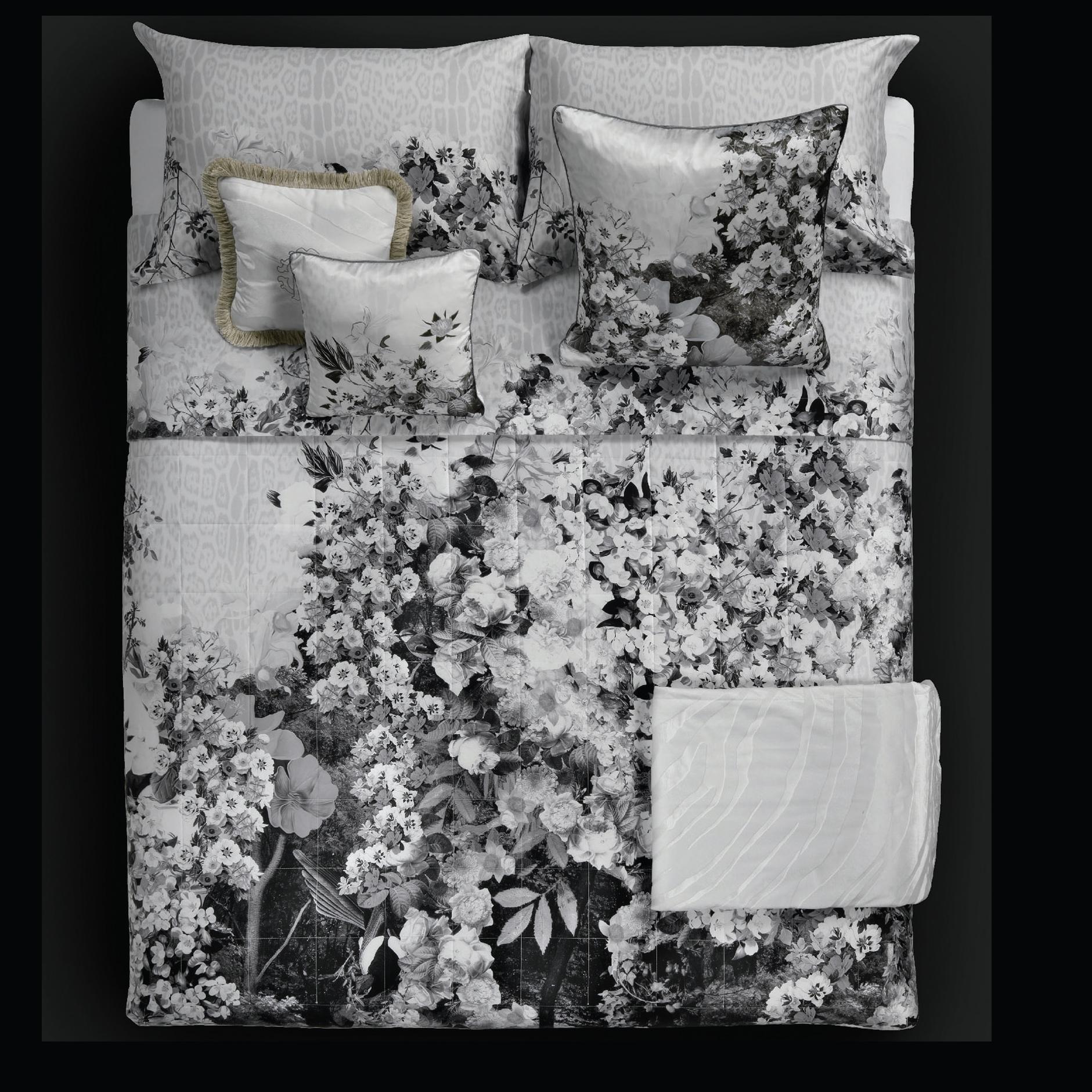 Collezione Vintage Nature Di Roberto Cavalli Punto Bianco