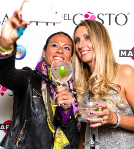 Giusey Versace e Raffaella Corsi a Salotti Expo