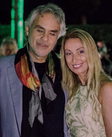 Il Maestro Andrea Bocelli insieme a Raffaella Corsi, ideatrice di Salotti del Gusto