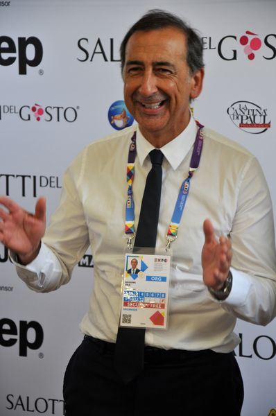 GIUSEPPE SALA ai SALOTTI DEL GUSTO EXPO: sarò il nuovo Sindaco di MILANO !
