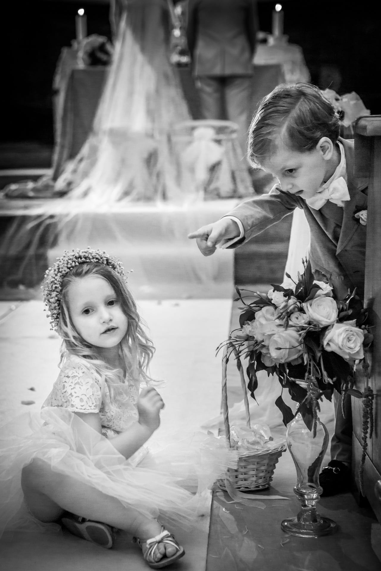 https://s3-eu-central-1.amazonaws.com/righiphotography-com/wp-content/uploads/2020/02/02183124/Wedding-Photo-No-Pose-Studio-Fotografico-Righi-RIGHI-120.jpg