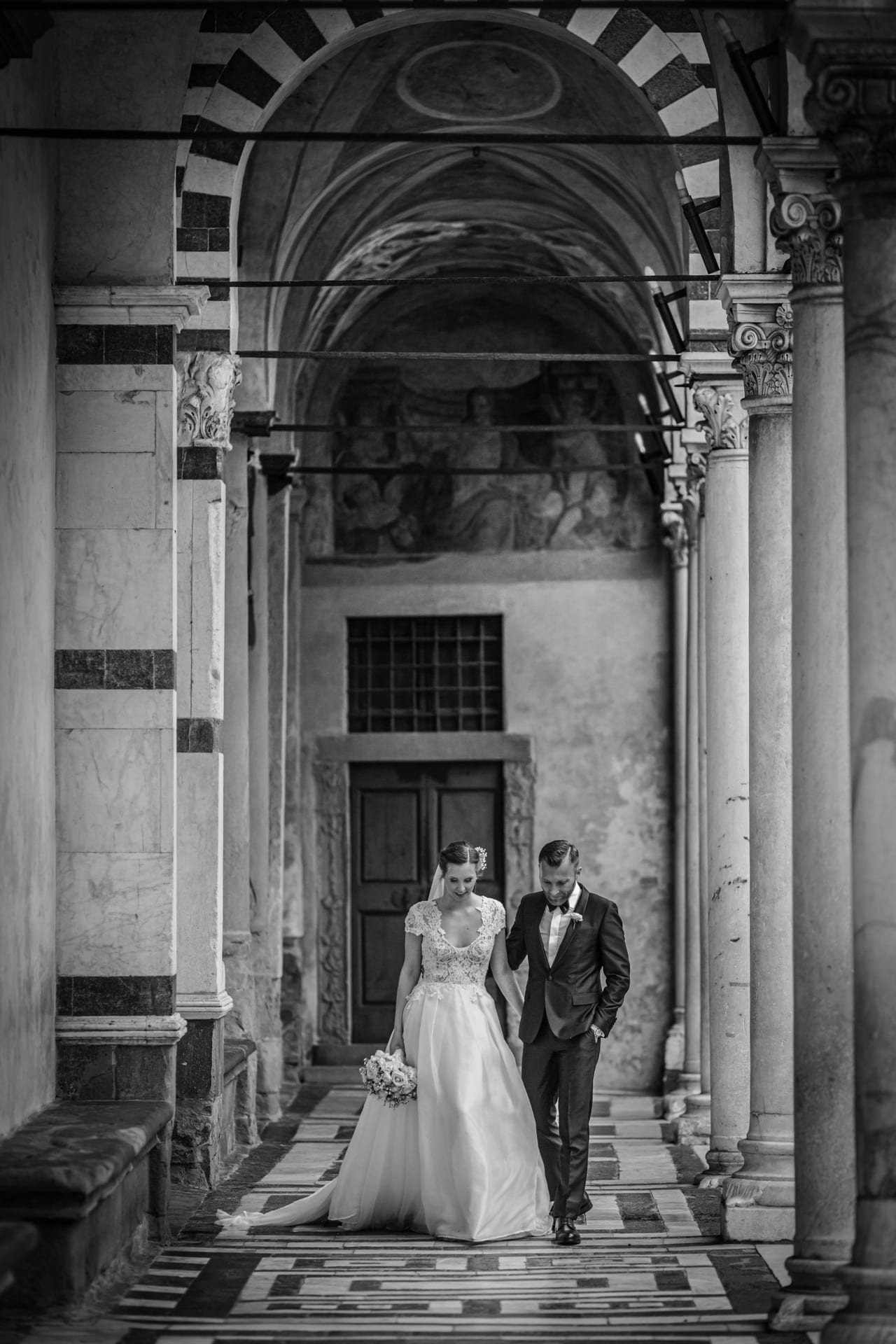 https://s3-eu-central-1.amazonaws.com/righiphotography-com/wp-content/uploads/2020/02/02183159/Wedding-Photo-No-Pose-Studio-Fotografico-Righi-RIGHI-36.jpg