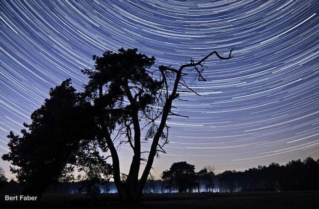 Sterrensporen fotograferen en andere nachtopnames