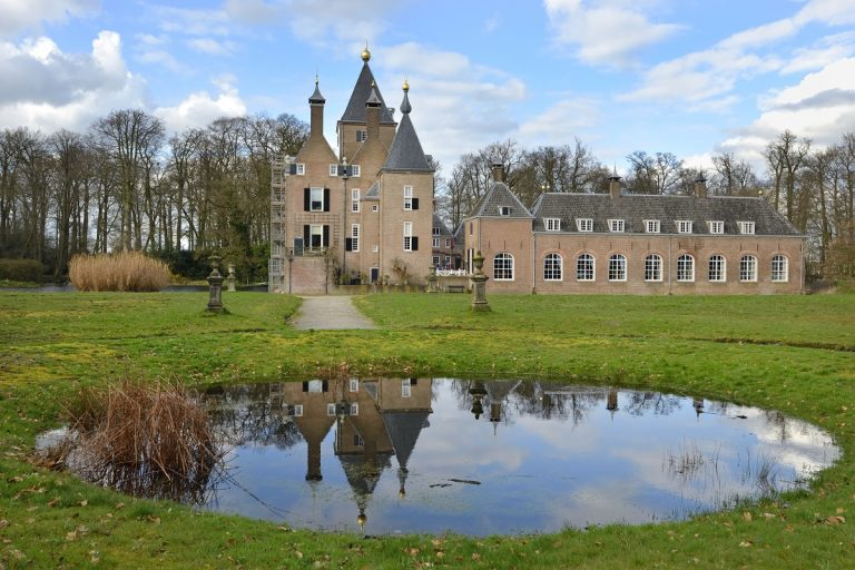 Nieuwe wandelroute: waterweelde rond kasteel Renswoude