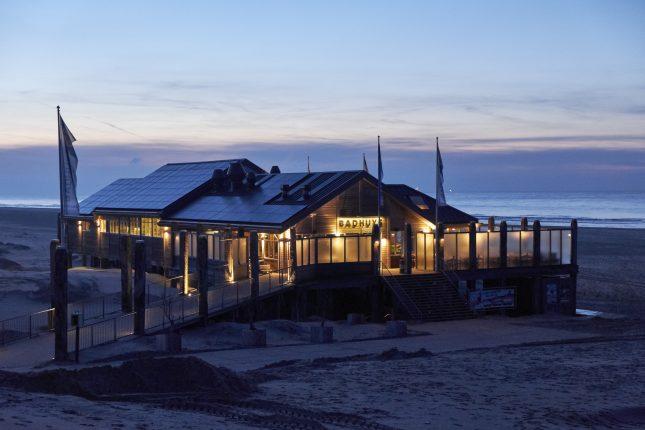Strandpaviljoen 't Badhuys op Vlieland