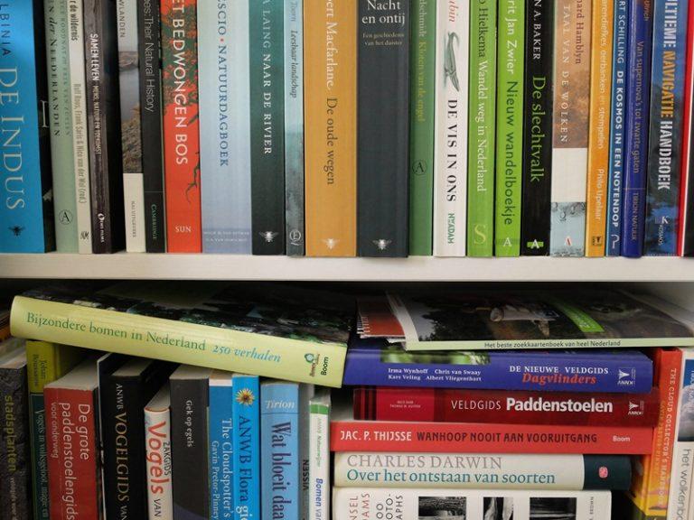 Natuurboeken voor op het strand