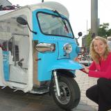In een elektrische tuktuk naar Portugal