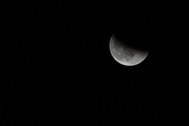Maansverduistering: vanavond staat de maan in de schaduw van de aarde
