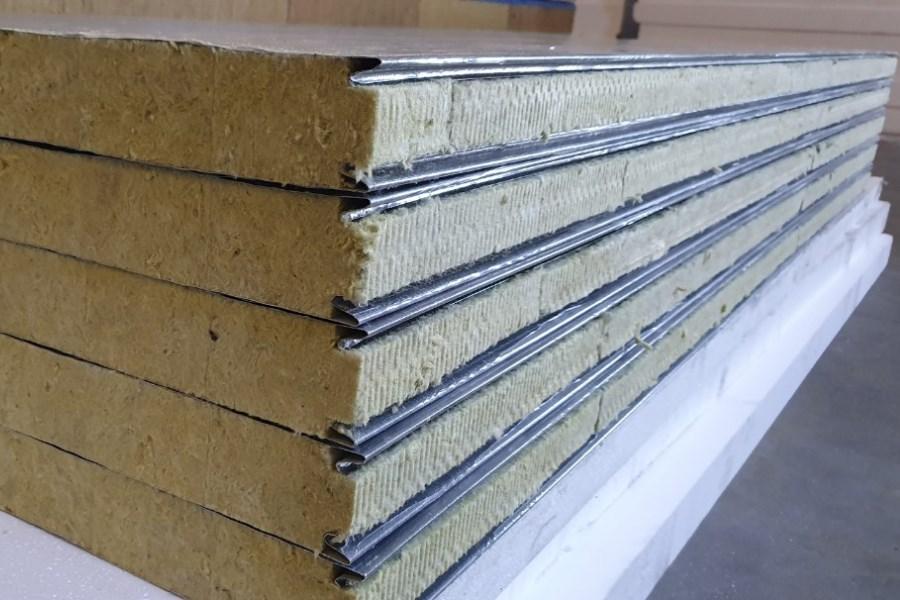 Встановлення стінових сендвіч-панелей