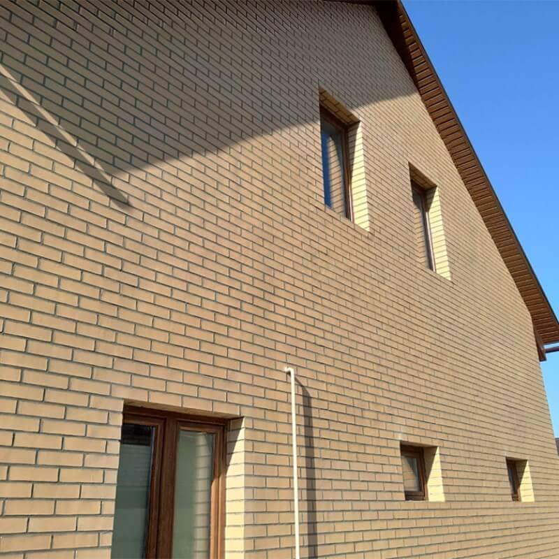 Гнучка цегла на фасаді