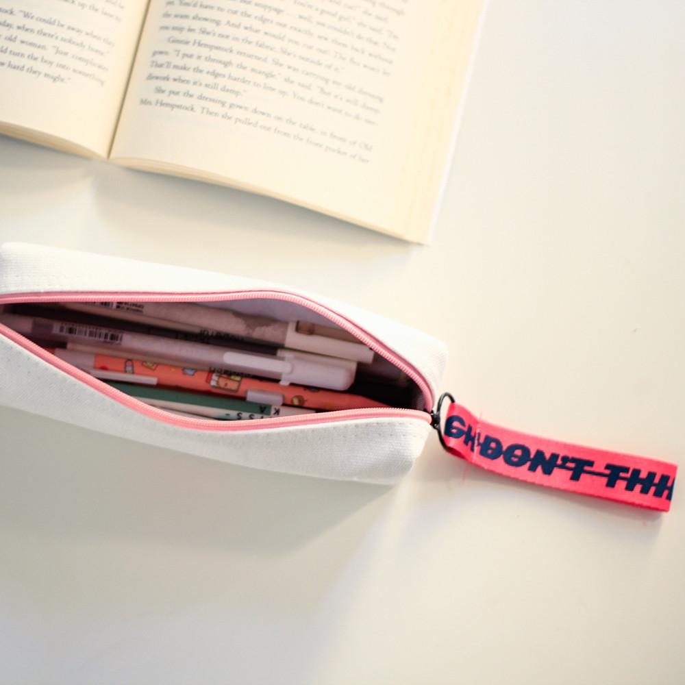 مقلمة مقلمات أدوات مدرسية أدوات مكتبية قرطاسية متجر العودة إلي المدرسة