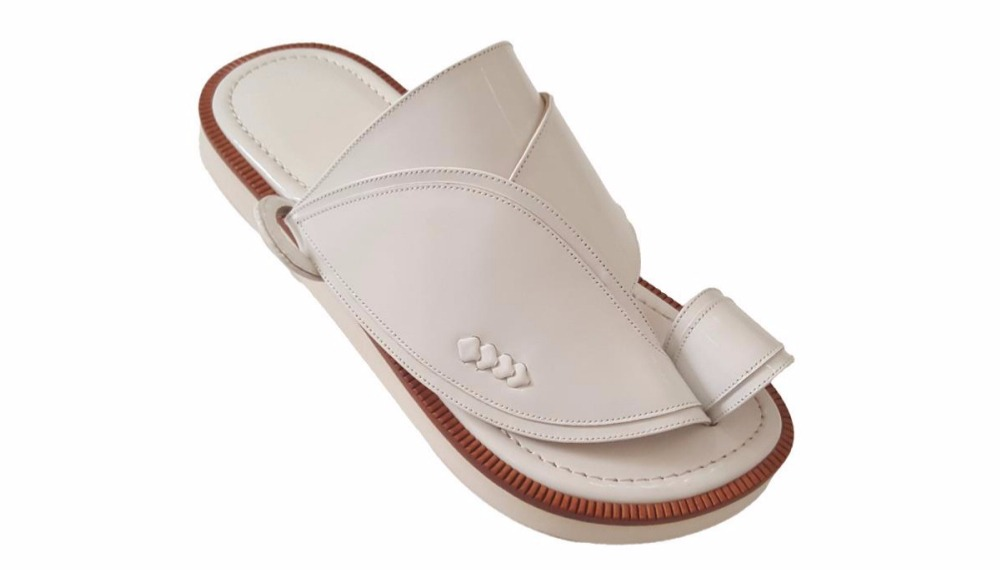 احذية تفصيل