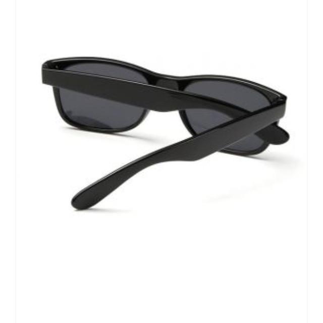 68ff99157 نظارات شمسية سوداء فينتاج ريترو باطار مستطيل لامع بلون اسود وحماية من  الاشعة فوق البنفسجية 400 للنساء والرجال BTX بواسطة اخرى، نظارات - -  عبدالرحمن