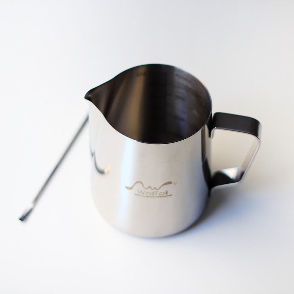 إناء تبخير الحليب مكينة الاسبريسو عمل رغوة الحليب رسم كوب قهوة