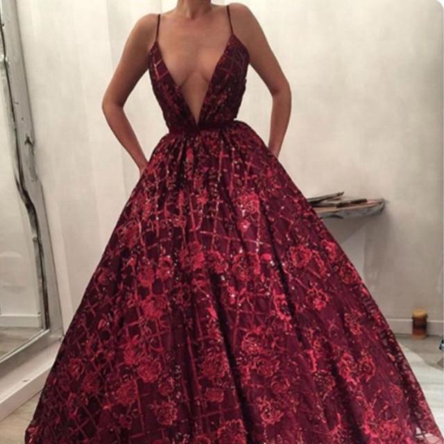 b77db2cfd فستان أحمر - Venus dresses