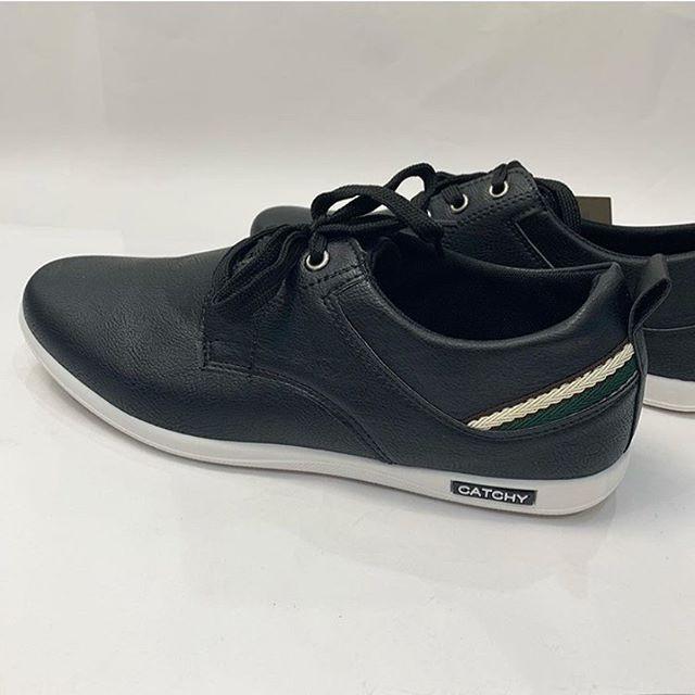 f92911dda حذاء CATCHY رجالي برباط أسود - ردائي