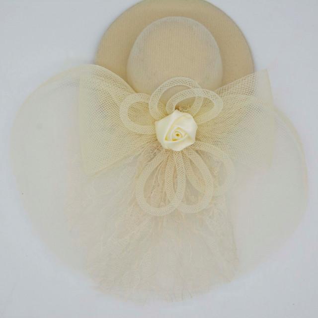 08e40a2cd9285 قبعة فرنسية سكري - فنون لإكسسوارات الشعر Funoon