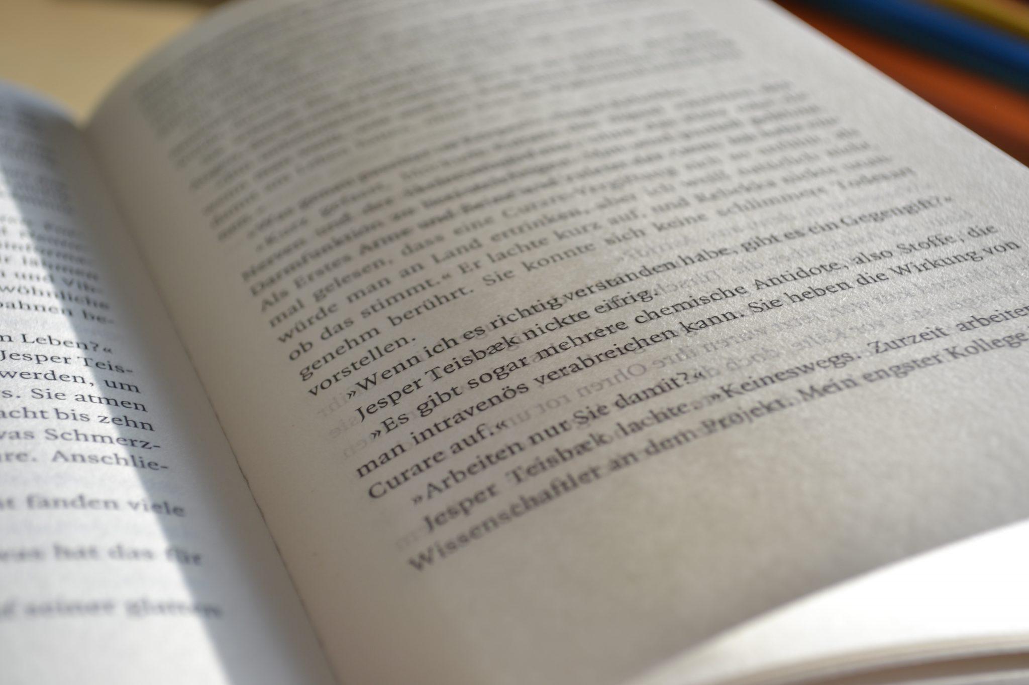 Books: Die Toten am Lyngbysee | Julie Hastrup - dsc 0561
