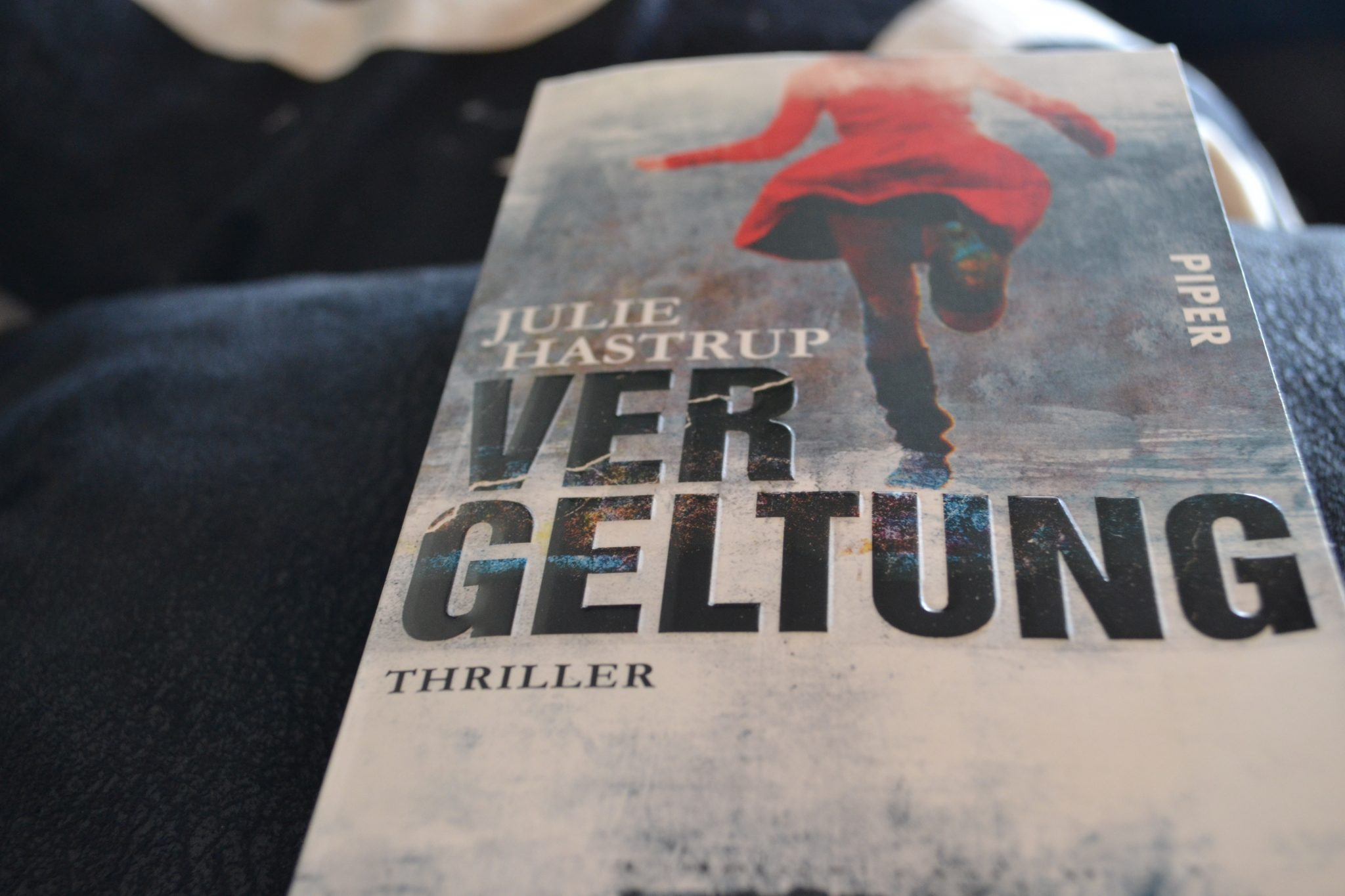 Books: Vergeltung | Julie Hastrup