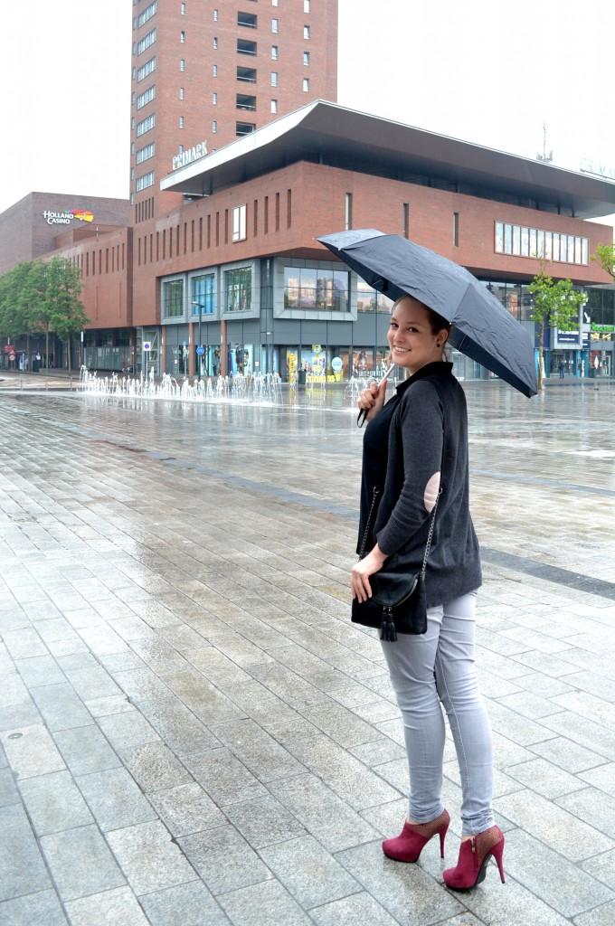 Outfit: Immer wenn es regnet - DSC 0401 680x1024