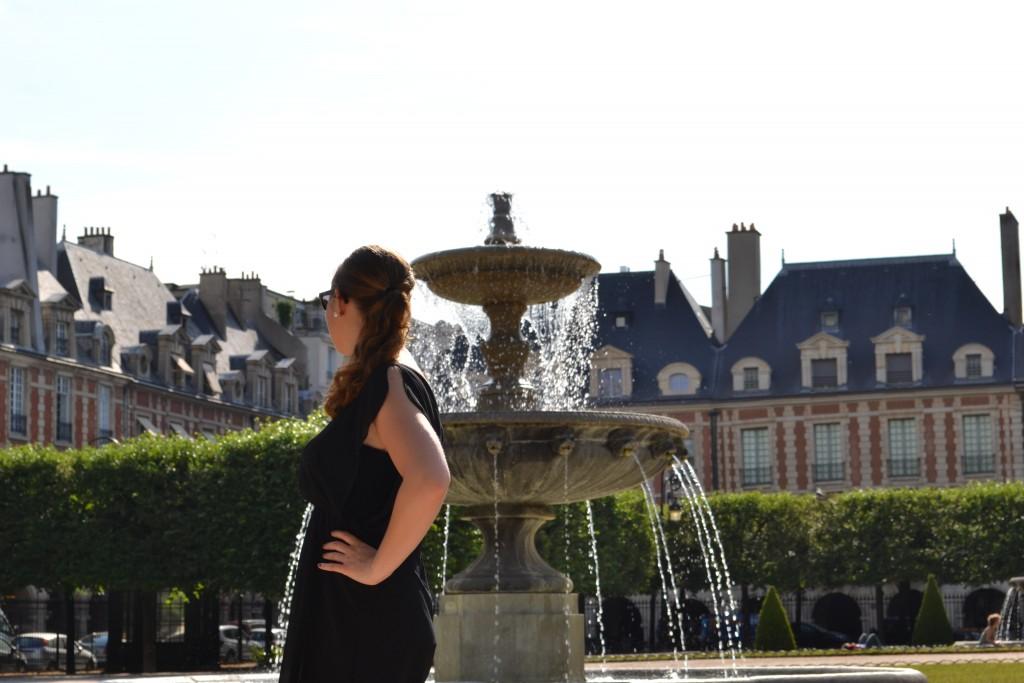 Outfit: Place des Vosges, Paris - DSC 00151 1024x683