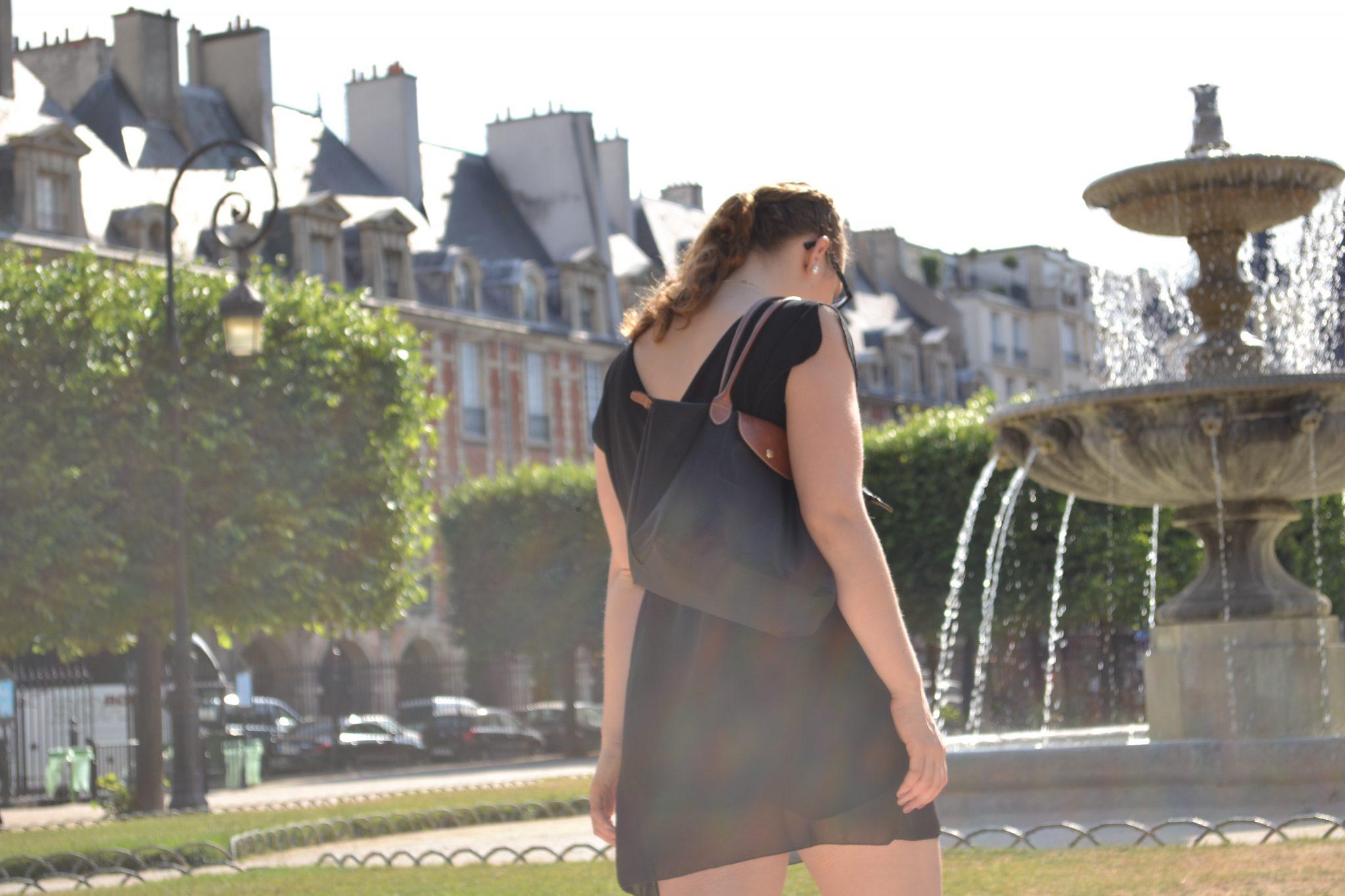 Outfit: Place des Vosges, Paris - DSC 0007