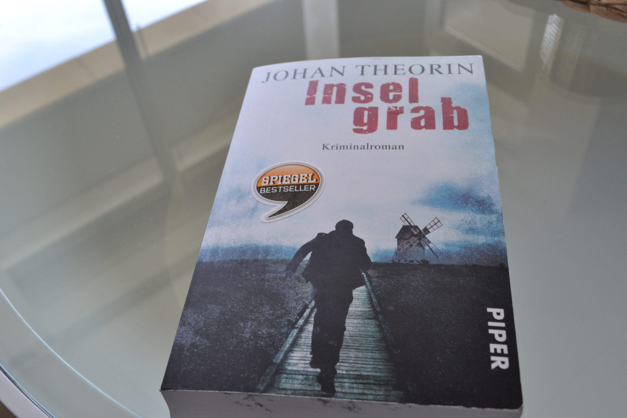 Books: Inselgrab | Johan Theorin - DSC 0311