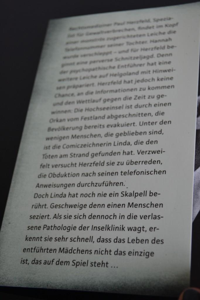 Books: Abgeschnitten | Fitzek & Tsokos - DSC 0567 e1441655903905 683x1024