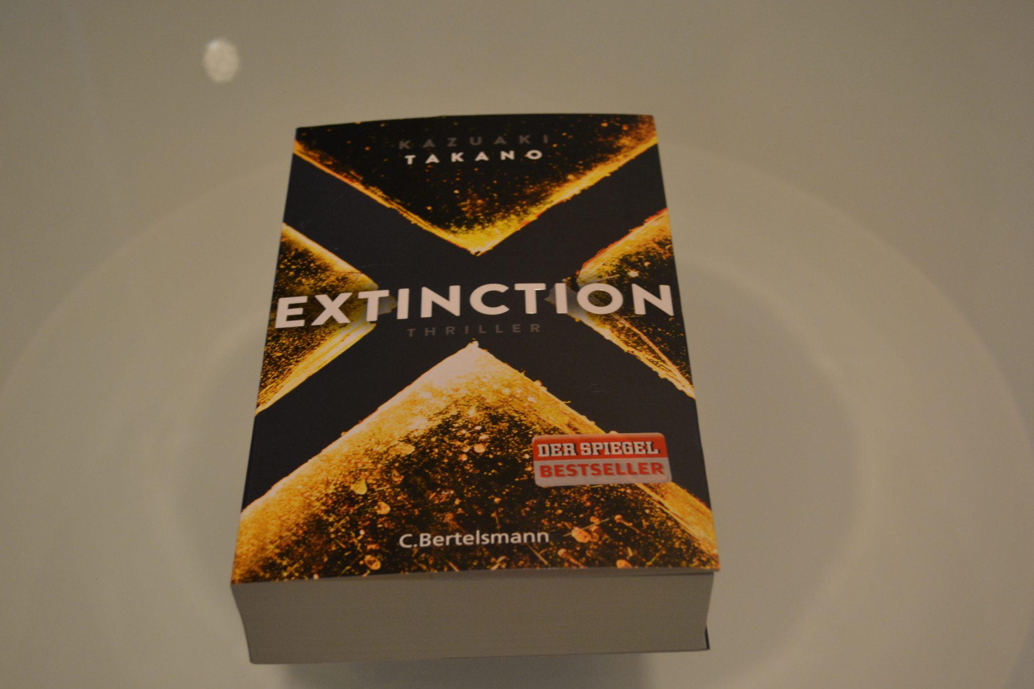Books: Extinction | Kazuaki Takano - DSC 0388