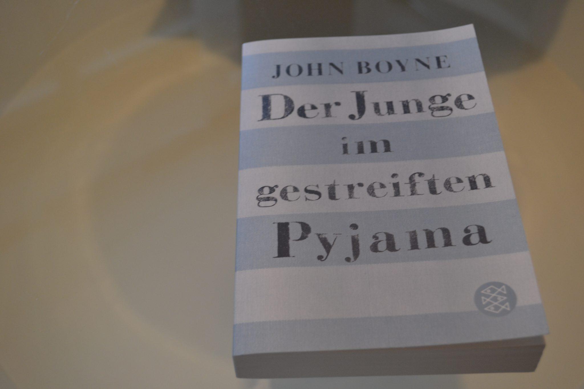 Books: Der Junge im gestreiften Pyjama | John Boyne - DSC 0245