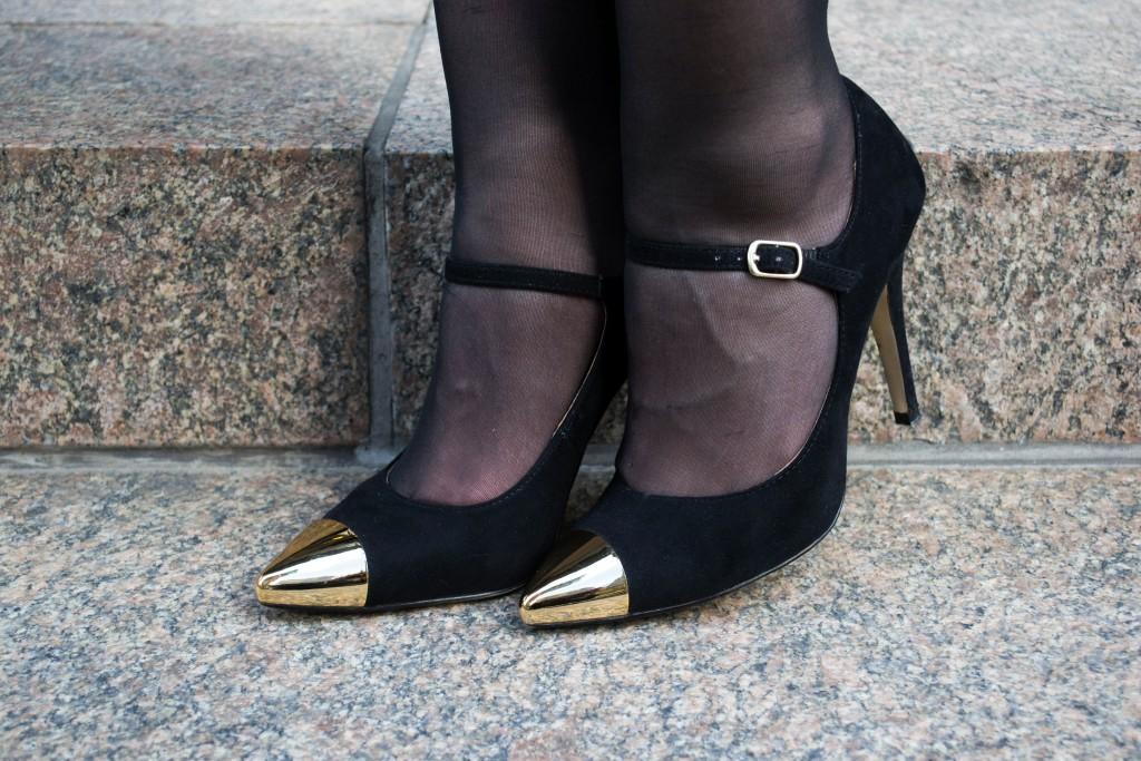 Outfit: Black & White Dress // Metal Toe Cap Heels - Gestreiftes Kleid 3 1024x683