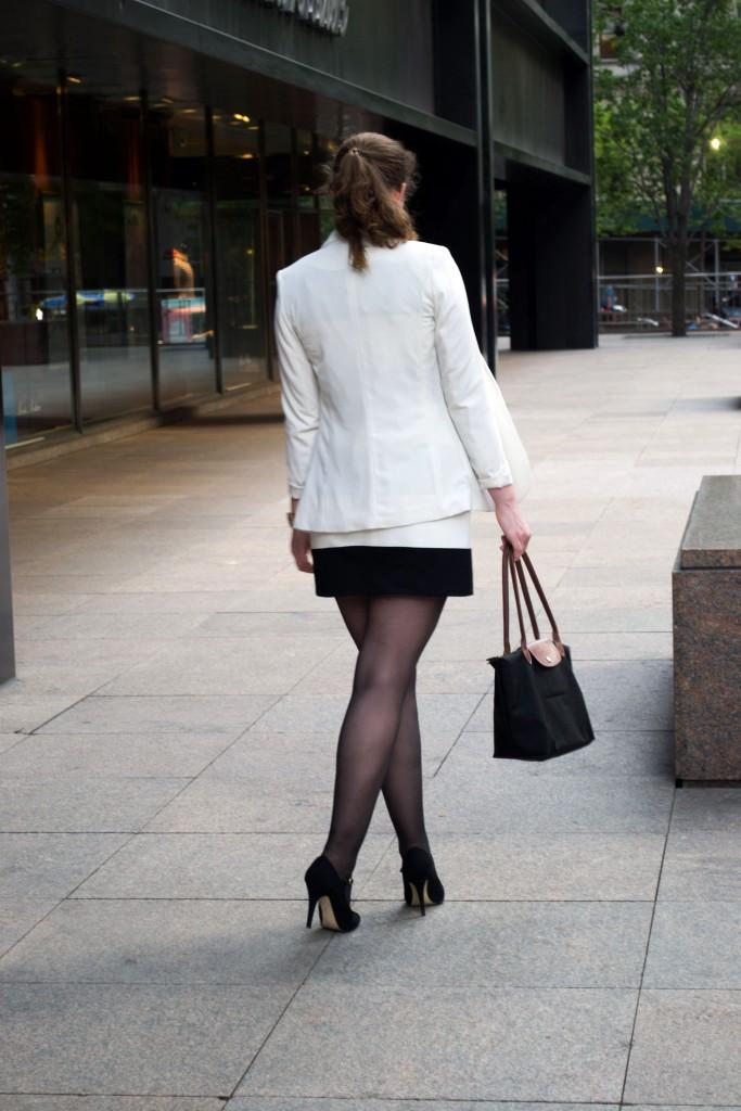 Outfit: Black & White Dress // Metal Toe Cap Heels - Gestreiiftes Kleid 6 683x1024