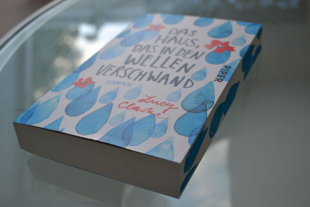Books: Das Haus, das in den Wellen verschwand | Lucy Clarke - das haus das in den wellen verschwand 1024x683