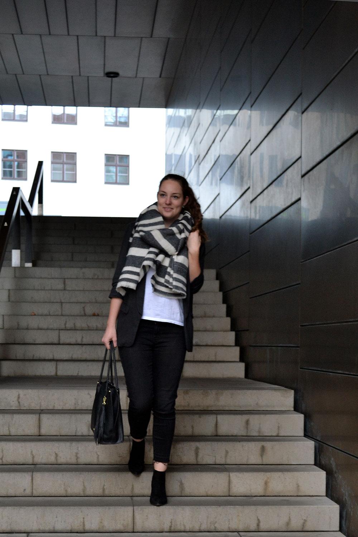 Outfit: Oversized Blazer // Levi's Shirt | Munich - Oversizedblazer 5