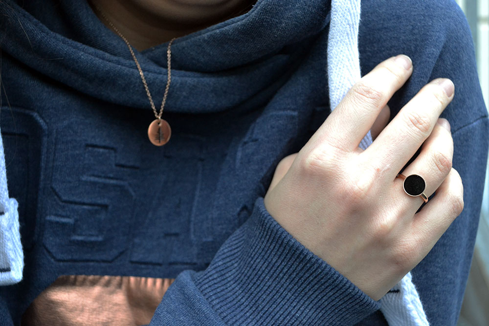 Outfit: Hoodie & Rose Gold | Munich - HappinessBoutique 1
