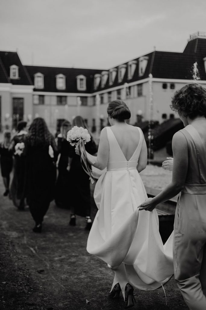 Personal: The Wedding Dress // Munich - Weddingdress 2 683x1024