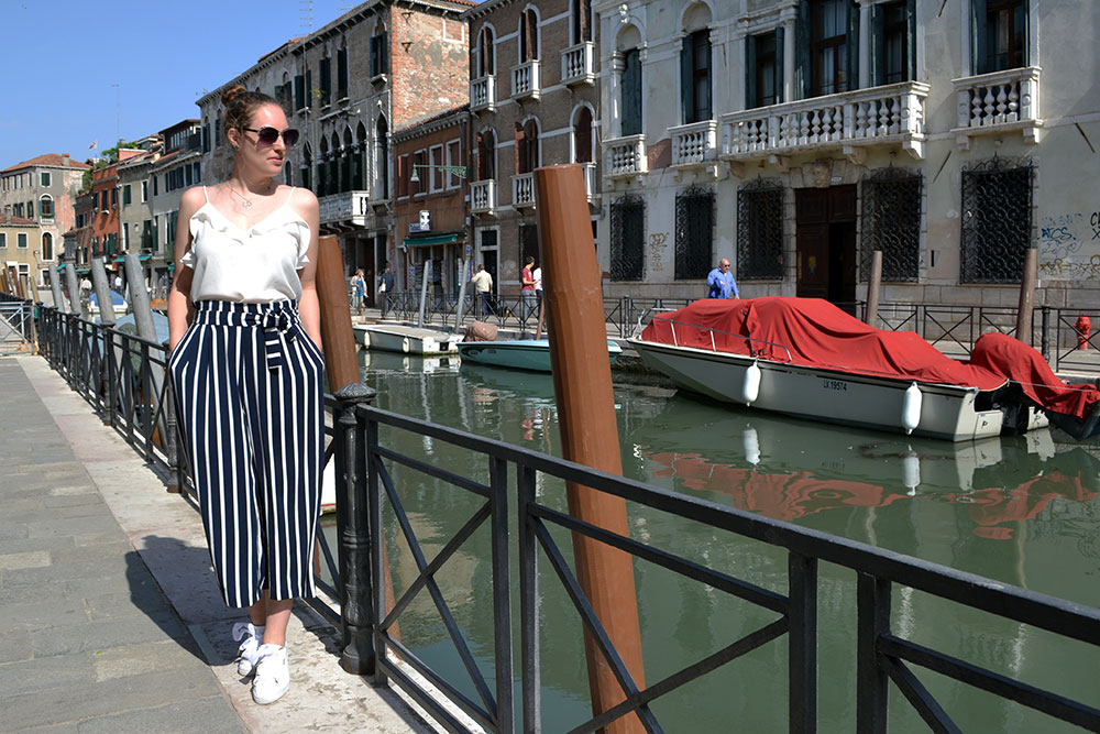 Outfit: Striped Culottes & Sneakers | Venice - Striped culottes 2